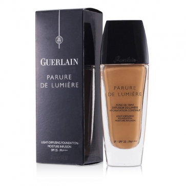 Parure De Lumiere Light Diffusing Fluid Foundation SPF 25 - # 24 Dore Moyen