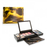 Master Class Colour Essentials Collection (12x Eye Colour, 3x Cheek Colour, 2x Eye Liner, 1x Eye Pencil, 2x Brush)